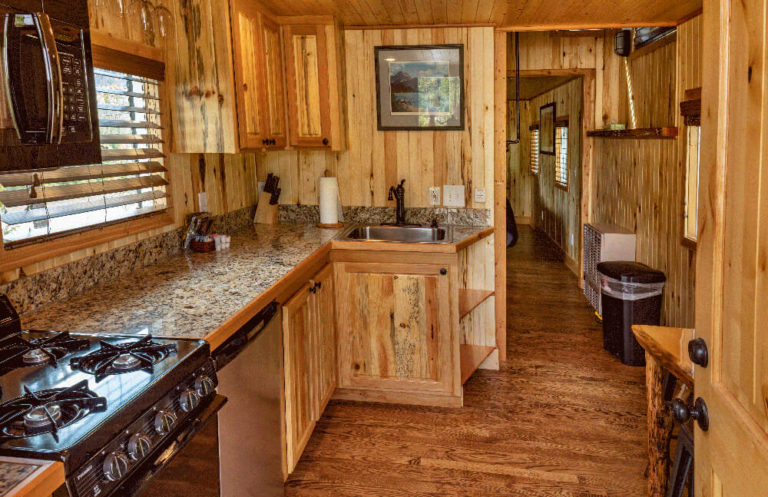 Luxury red caboose kitchen - Cabin Rentals in Glacier