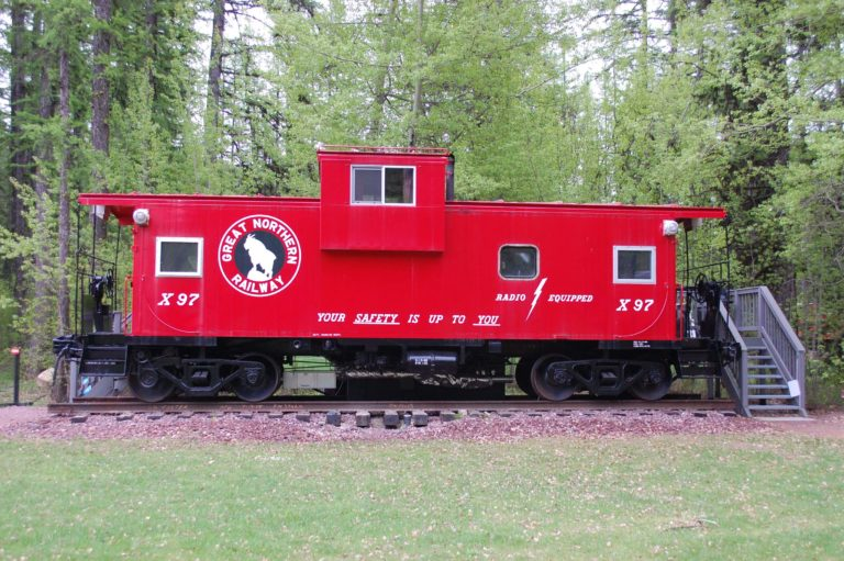 JJ Caboose at Izaak Walton Inn - Luxury Cabins Near Glacier National Park